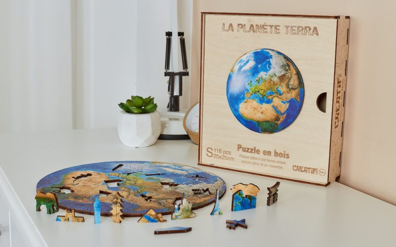 Planète-Terra-Puzzle-en-Bois